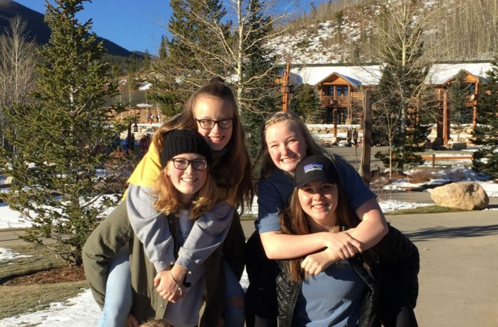 Fossil ladies take on snow camp!